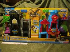 Fisher Price Imaginext Batcave Dc Gotham Super hero flight city daily planet New