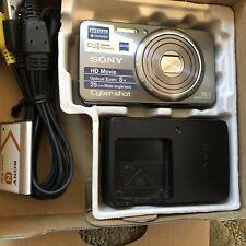 Sony Cyber-shot DSC-W570 16.1MP Digital Camera (Silver) in MINT Condition