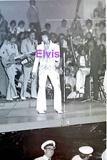 ELVIS PRESLEY EAGLE SUIT CINCINNATI OHIO 6/27/73 HEIS OLD KODAK PHOTO CANDID #1