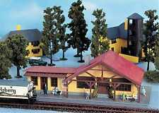 Gauge H0 Building Set Trainstation 1755 NEU