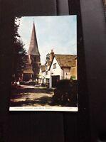 71-1 Postcard Unused Horsham Causeway And Parish Church Undated