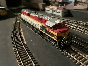 Athearn Genesis G68516 Kansas City Southern SD70ACe DCC Ready #4037 HO Scale