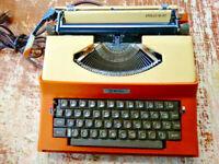 Vintage Royal Litton 1969 Apollo 10-GT Portable Typewriter Model SP-8000 w/ Case