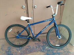 Rare framed 26 new york yankees special edition bmx bike