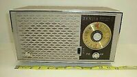 Zenith Model T2518 Vintage AM/FM Tube Radio From 1958 Tested Working No Cracks