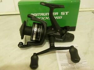 SHIMANO ST 4000FB BAITRUNNER REEL IN ORIGINAL BOX IN BRILLIANT CONDITION