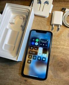 Apple iPhone 11 - 64GB - Negro (Libre) A2221 (CDMA + GSM)