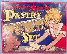 Orphan Annie Pastry Set Childs Vintage Toy in Original Box Baking Daddy Warbucks