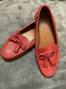 Coach Tassel Pebble Leather Loafer Shoe 9B Strawberry Red Driving Mocs FG127