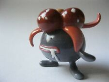 GLOOM stamped Tomy solid plastic Pokemon figurine about 1.25 inches tall