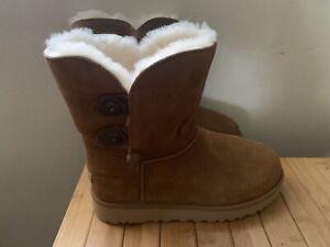 Women's UGG  Marciela II Water Resistant Suede Boots Sz 7