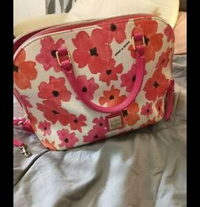 doonie and bourke Small Floral Zip Handbag