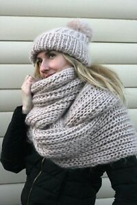 2 items Premium Mohair SCARF & HAT hand knit Beige Jane Rodas