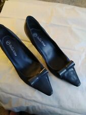 Bella Vita Womens/ cross dressing Leather  court shoe with bow UK 10 navy