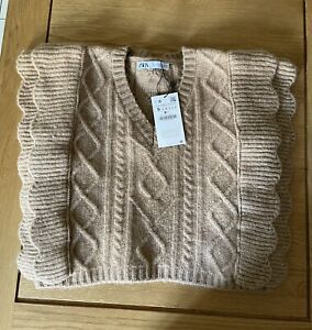 Zara Knitted Vest Size Small BNWT
