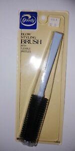 Vintage 1988 GOODY Blow Styling Brush flexible bristles roller #9905 blue black