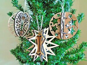 Christmas Tree Decoration - hanging baubles wooden decoration vintage decor tree
