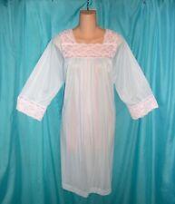 ELEGANT Vintage SILKY SOFT Sky Blue WHITE FLORAL LACE Lingerie NIGHTGOWN M