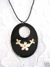 NEW REAL BULL HORN OVAL SHAPE w FLOWER VINE ALPACA SILVER INLAY PENDANT NECKLACE