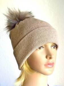 Handmade 100% cashmere women's pompom beige hat