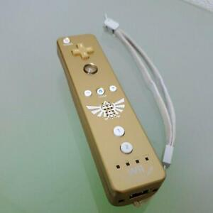 Gold Wii Remote Limited Edition Gold Legend of Zelda Skyward Sword Nintendo