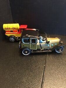 B25) TWO DIFFERENT tin toy GAS OIL truck & Touring Car *NO KEY wind up
