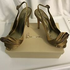 Bourne Betsy Style Shoes, Women's Size 38, Gold, With Box