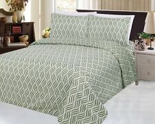 Bamboo Wrinkle Free Soft 3 Piece Duvet Cover Set Sage Willow Leaves, Green Queen