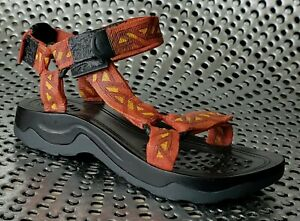 """Just The Right Shoe """"EXPEDITION""""  Raine 2004 #25535. New w packaging JTRS"""