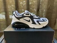 Nike Air Max 200 Mens SIZE 11 BLACK / WHITE Running Shoes Sneakers AQ2568 104