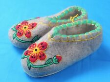 100% Wool Felt Handmade Embroidery Winter Slippers Booties House Shoes Valenki ,