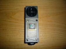 Omron E3N-R5H4 S1-G Photocell