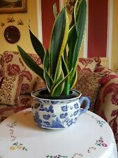 More details for vintage pottery chamber pot with blue & white oriental design
