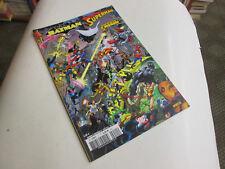 BATMAN / SUPERMAN  11  ..2007...TBE