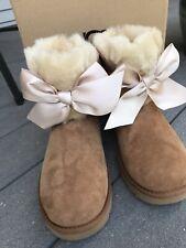 UGG Gita Bow Mini Boot Chestnut Size 9
