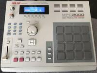 AKAI MPC2000 MIDI Production Center Sampler Sequencer Drum Machine Junk