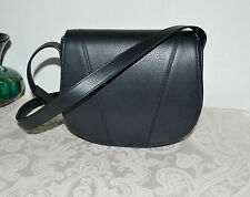 NWT $295 VINCE Modern V Sml Leather Saddle Bag Crossbody Black