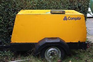 COMPAIR compressor 3 CYLINDER DEUTZ  DIESEL ENGINE
