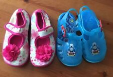 Girls George and boots Shoes Infants Size 6 In Good Condition.