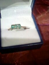 9 carat gold emerald  ring size o