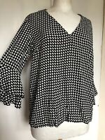 Zara Small Black White Geometric Pattern Flutter Smart Work 1960s Mod Blouse