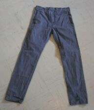 LEVIS PANTS size 30x32 measures 31x31.5 with 7 inch leg opening