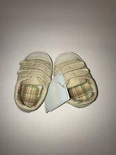 Gymboree Baby Boys Size 03 Khaki Crib Shoes with Teddy Bear on the side, NWT.