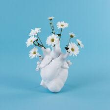 Seletti Love in Bloom vaso a forma di cuore in porcellana bianca