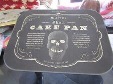 Williams Sonoma Nordic Ware Skull cake pan Halloween New