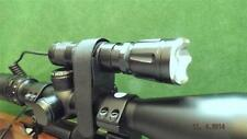 Zoomable white beam hunting lamp/night vision