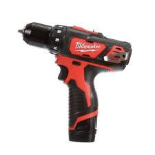 Milwaukee M12 2407 3/8in. Drill-Driver Kit