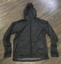 MEN'S THEORY WINDBREAKER / LIGHTWEIGHT JACKET - MEDIUM / BLACK & GRAY PATTERN