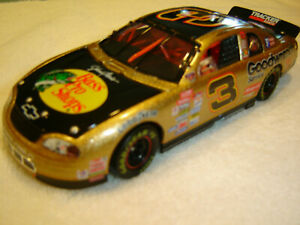 Dale Earnhardt #3 GM Goodwrench Bass Pro Shops 1998 Monte Carlo Action 1:32