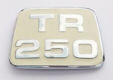TRIUMPH TR250/TR5 Crema Smalto & Cromato Cofano Badge/Medaglione, 622278
